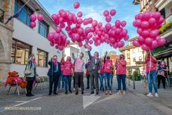 Revilla participa en Puente San Miguel en el acto simbólico para conmemorar el Día Contra el Cáncer de Mama
